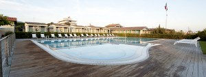 Stella-Bianca-panoramica-piscina_300x113