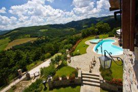 Italie Marche Vakantiehuis met zwembad Mar-Rocca Italian Residence Specialist Italië