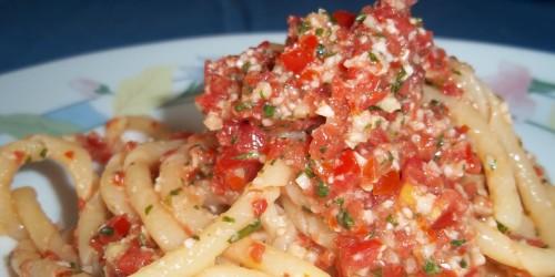 Recept Pasta met chorizo en tomaten van Italië Specialist Italian Residence.