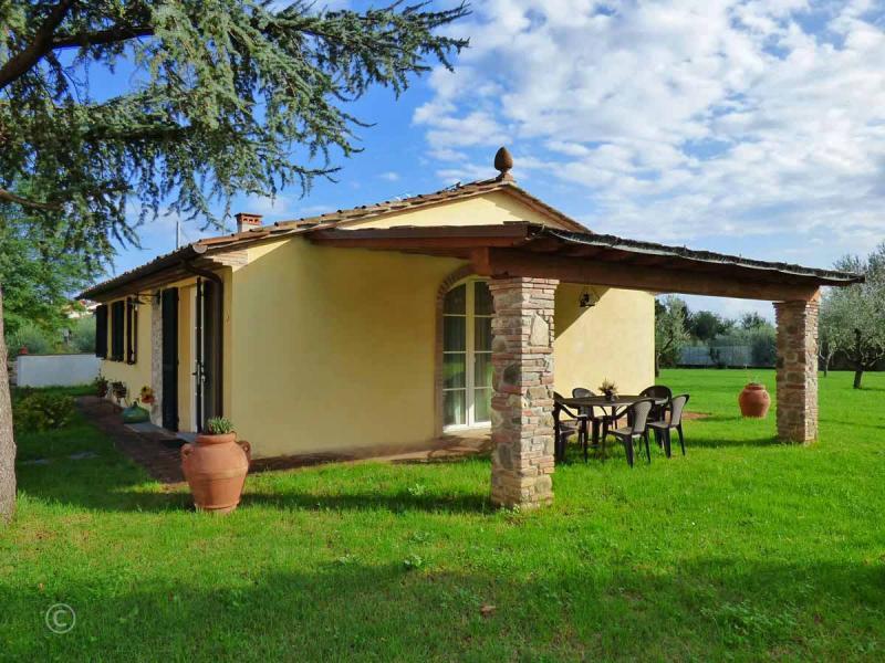 Vakantiehuizen Agriturismo met zwembad Toscane Noord Lucca