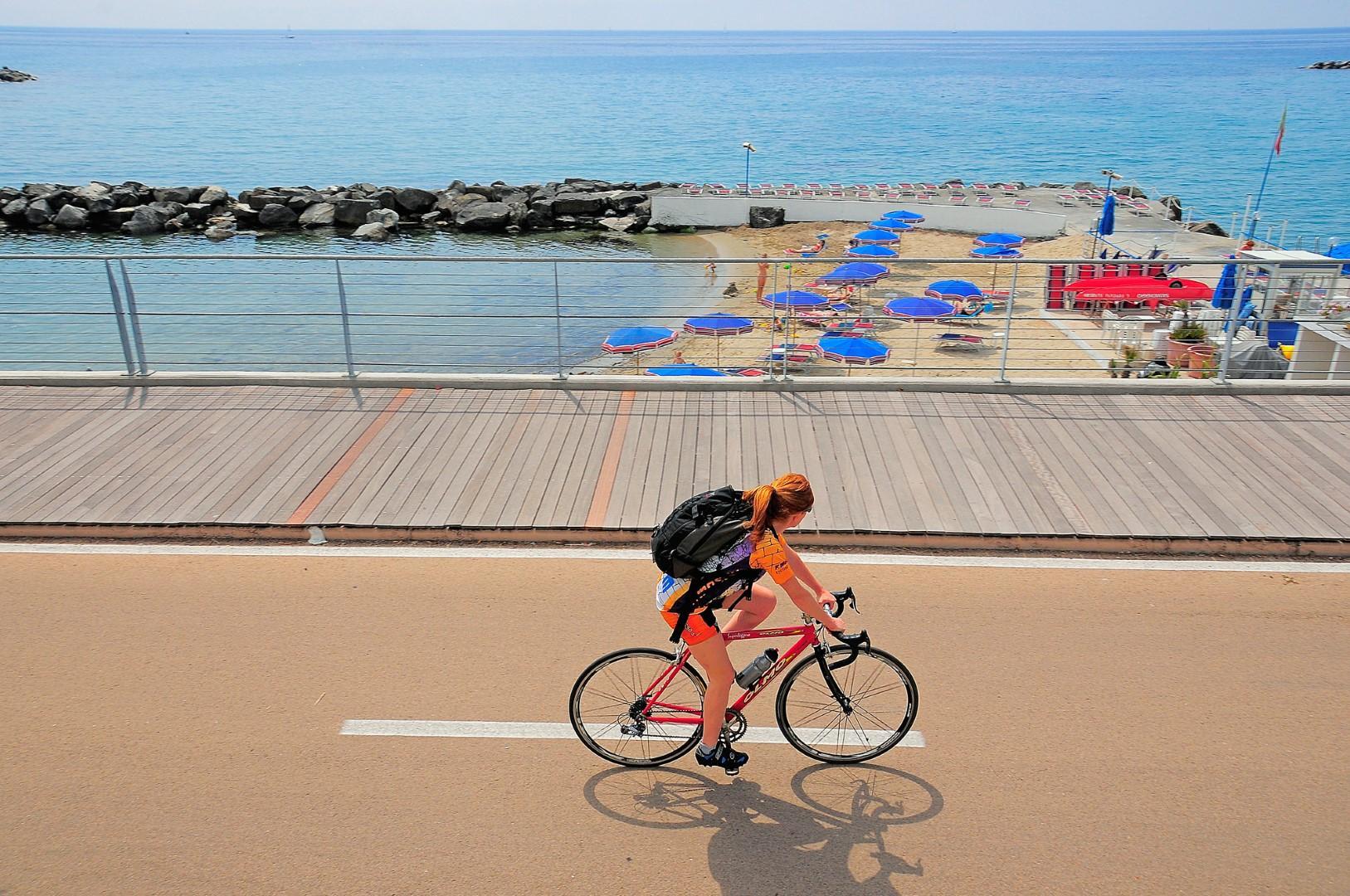 3-fietsen liguria kust fietspad