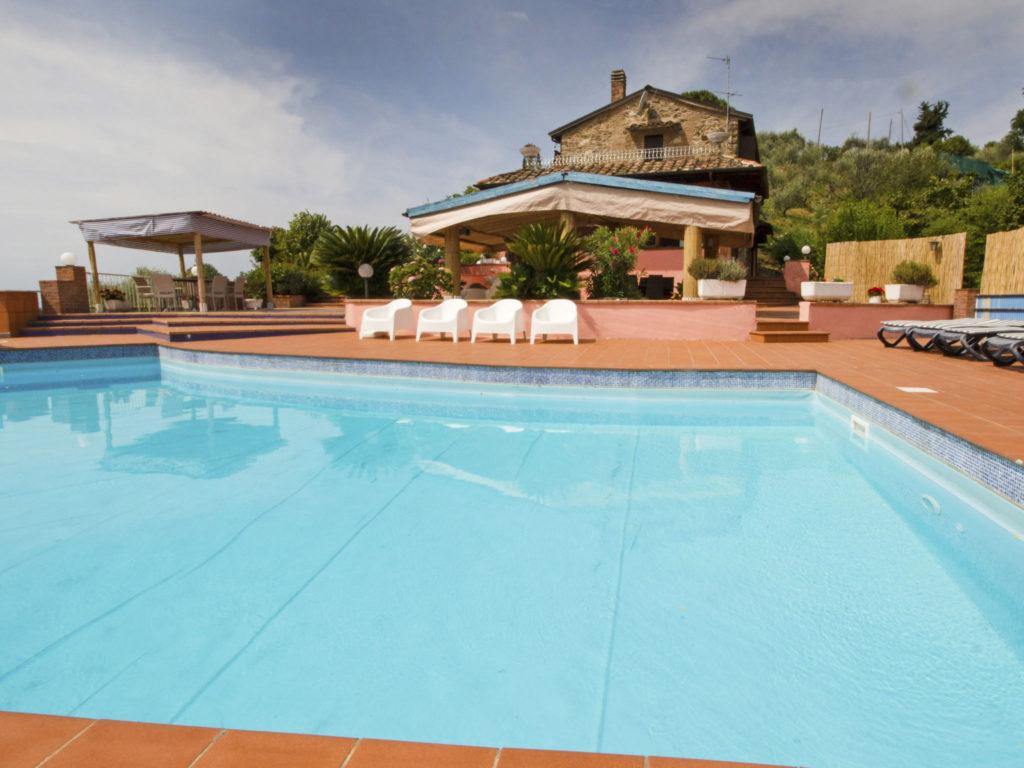 Vakantie italian residence. Inter-azza italie toscaanse kust hond