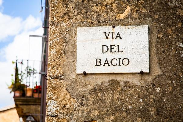 Wie is de Mol Italie. Italian Residence Vakantiehuizen , vakantie villas Italie Pienza