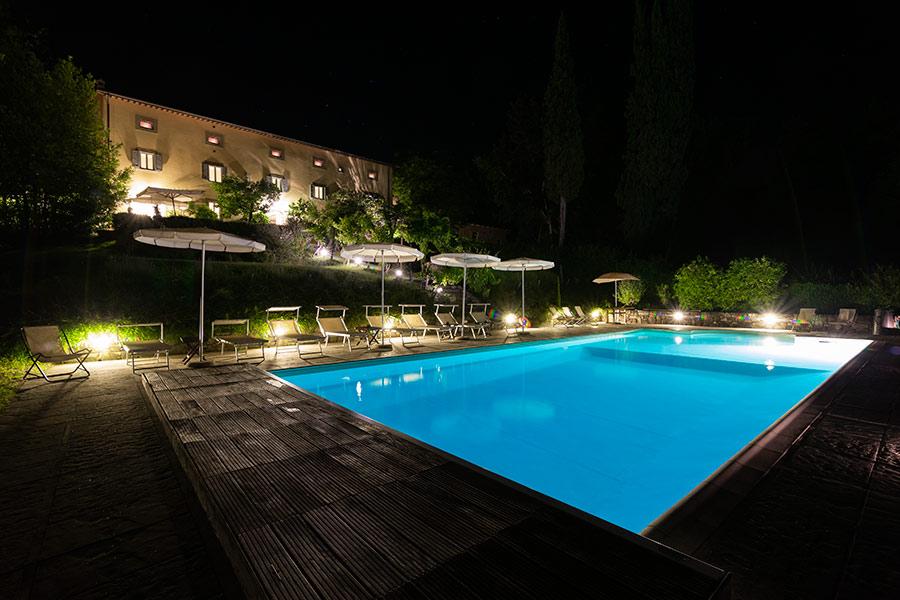 Wie is de mol Italie Toscane Italian Residence vakantie villa Los-Sena
